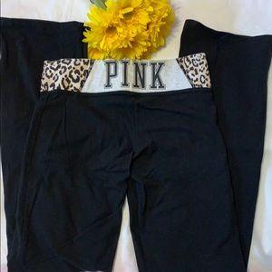 PINK VICTORIA SECRET BLACK YOGA PANTS/LEGGINGS